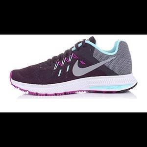 Womens Nike Zoom Winflo 2 Running Shoes
